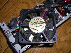 GX150 電源ファン 2